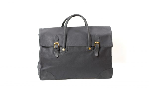 mahiout expedition bag in waxed cotton canvas, natural tanned leahter and solid brass fittings, http://www.mahioit.com, http://www.contractor48.com
