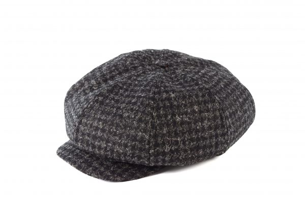 Fabrication Locale Emile cap in harris tweed