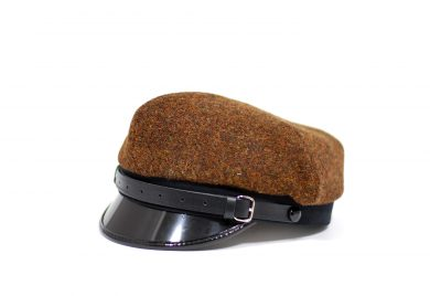 Fabrication Locale Pawel cap in harris tweed contractor48